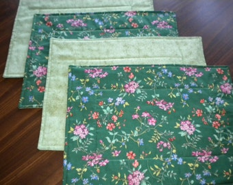 Placemats - Flowers On the Green Quilted & Reversible Placemats (set of 4) - #PS-010