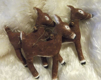 Primitive Christmas Reindeer/Deer/Rusty Bells/Set of 3/Made to Order