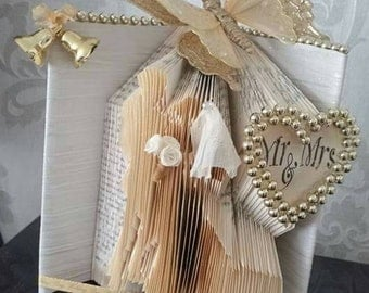 beautiful wedding gift / decor
