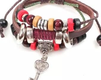 Pretty Leather Bracelet With Key Charm