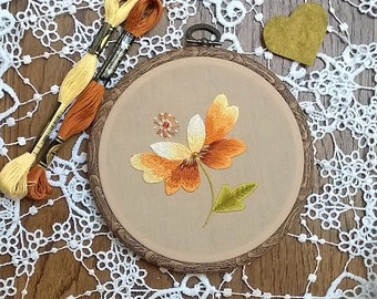 Traditional embroidery kit - Embroidery pattern - embroidery hoop art -- Autumn - Needle painting