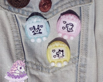 Tamagotchi brooch pin pastel fairy kei