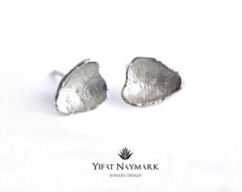 Organic Silver Stud Earrings,Silver Post Earrings,Simple Silver Stud Earrings,Silver Nugget Earrings, Everyday Earrings.