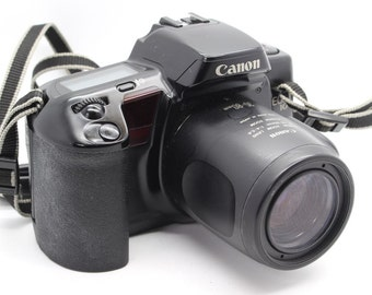 Canon EOS 10 35mm SLR Camera with 35-80mm EF Autofocus Lens, Remote & Case - Very Good Condition/Tested