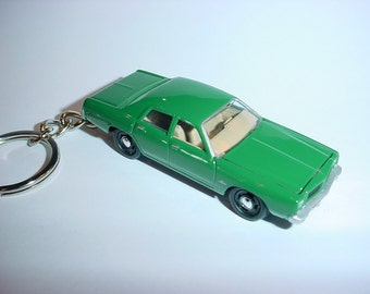 3D 1977 Dodge Monaco custom keychain by Brian Thornton keyring key chain finished in green color trim diecast metal body