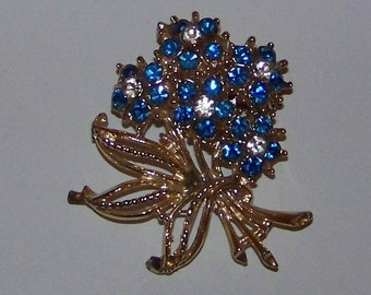 Vintage Blue Rhinestone Floral Bouquet Pin Brooch