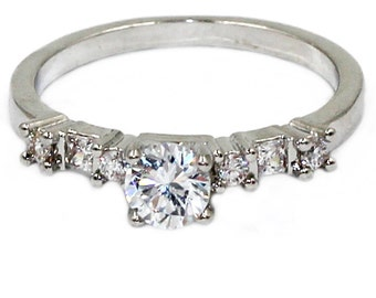 Mini marry crystal ring