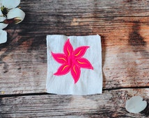 Hawaiian Flower Applique Design - Flower Applique - 3 Sizes - Instant Download
