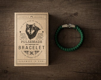 Bracelet Unisex green paracord 550 - Pulsemade Style Collection - Handmade Paracord Bracelet Kelly Green Mens / Womens