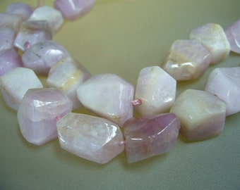 "Kunzite Faceted Nuggets 5"" Strand"