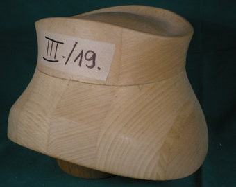 wooden hat block-Close Styl