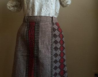 Vintage Handmade Wool Skirt w/ Aztec embellishments Size Small