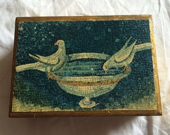 VINTAGE! Florentina golden box with pointalism birds