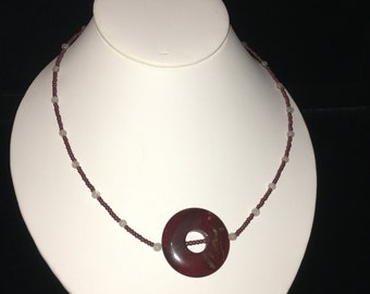 Red and Black Marbled Circle Stone Necklace
