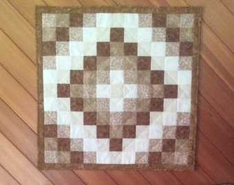 Quilted wall hanging, wall quilt, Trip Around The World wall hanging, beige and white quilt, neutral tone wall hanging