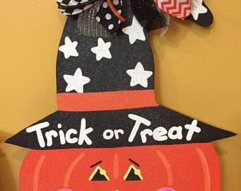 Witch Pumpkin Door Hanger