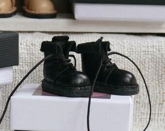 Blythe Leather Boots. Black / boots for Blythe. Black