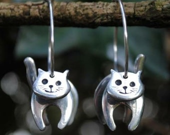 3D Cat Hoop Earrings E26