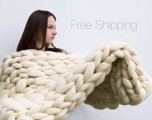 PRICE  blanket  chunky knit blanket   large knit blanket   super chunky knit blanket big yarn blanket   big knit blanket  giant yarn