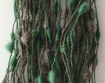 Wool Yarn - Hand Spun/dyed green - Corridale Art Yarn for knitters, crocheters & weavers.