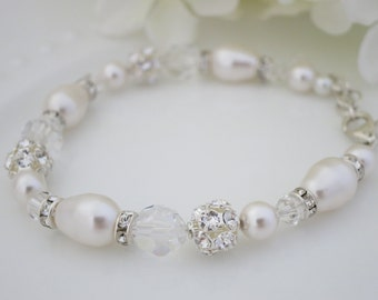 Swarovski crystal and pearl bridal bracelet, Pearl teardrop wedding bracelet