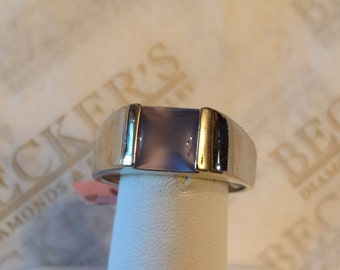 Vintage 14k white gold Square Smooth Top Chalcedony Cabochon Bezel Set Ring, size 7.25
