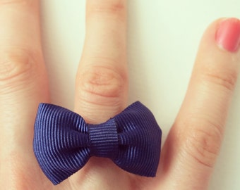 Blue bow tie ring chic and classy