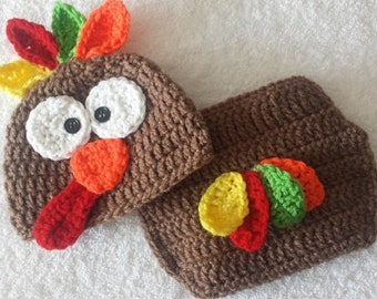 Newborn turkey outfit - Baby  thanksgiving outfit - Baby turkey hat set - Crocheted Turkey Hat - Thanksgiving photo prop - Fall photo prop