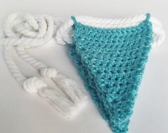 Crochet Bunting: Blue