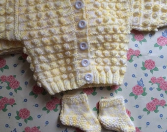 Knitted lemon cardigan , Hand knitted  cardigan , lemon bobble cardigan , bobble cardigan , Baby shower gift , baby cardigan , Birthday gift