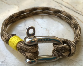 Paracord  Nautical bracelet with stainless steel  D shackle No.5 Desert Camo with yellow