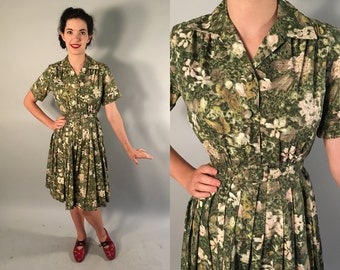Vintage 1950s Dress | 50s 60s Green Floral Shirtwaist Dress with Self Belt | Extra Small