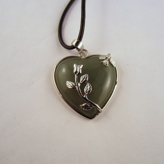 Aventurine Rose Necklace: Natural Crystal Pendant, Stone Jewelry
