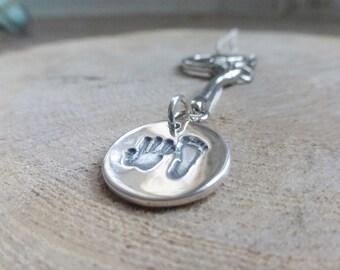 Circular Handprint keyring, personalised jewellery, handprint jewellery, handprint jewelry
