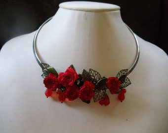 Rose-red statement Neclaces vintage