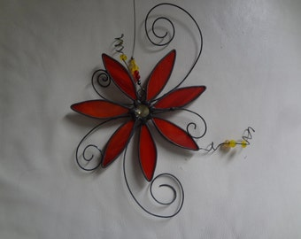 """Funky Flower Stained Glass Suncatcher/Wire and Bead Details/10"""" x 11""""/Lead Came and Choice of Colours"""