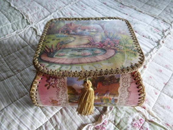 Handmade card trinket box basket crocheted edges thatched