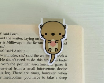 Cute otter magnetic bookmark