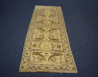 Beautiful hand knotted handmade rug runner