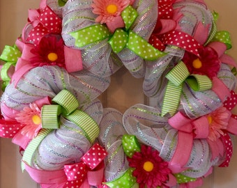 Pink and Lime Green Mesh Wreath with Daisies; Spring Wreath; Handmade Wreath; Spring Floral Wreath; Summer Wreath; Summer Decor Spring Decor