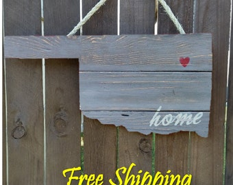 Rustic Wooden Oklahoma State Shaped Door/Wall Hanging
