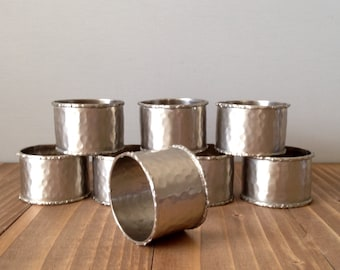 Vintage Hammered Aluminum Napkin Rings, Hammered Metal Napkin Rings, Vintage Aluminum Napkin Holders, Silver Toned Napkin Rings, Set of 8