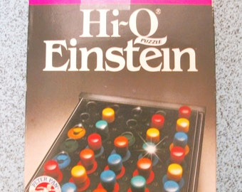 Vintage Game.Hi-Q Einstein Puzzle. 1980s Game. Solo Puzzle. Peter Pan Playthings. Retro Puzzle For 8 Years to Adult. Hi Q Games.