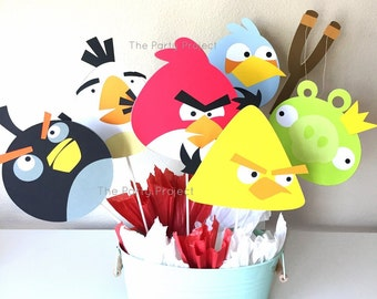 Free Shipping - Angry birds centerpiece | Angry birds theme birthday party or baby shower | Angry Birds candy bar - dessert table decor!