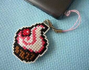 Cross stitch phone charm - delicious cupcake, gift for teens, cute keychain, kawaii charm, cute phone dangle, Dust Plug, Earphone Plug