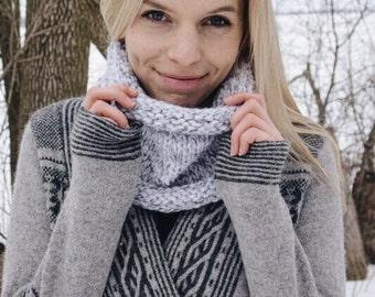 The Birch // Chunky knit cowl, knit scarf