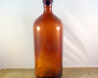 Vintage Amber 16 Ounce Clorox Bottle with Original Stopper