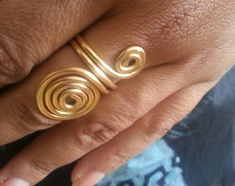 Spiral Goldfiled ring. Very special for women.