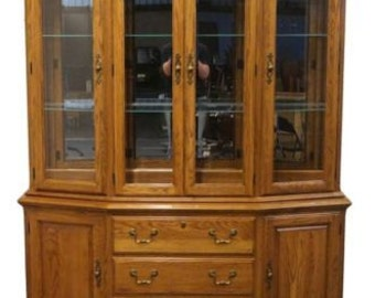 PENNSYLVANIA HOUSE Solid Oak 65″ Lighted China Cabinet 16-3601