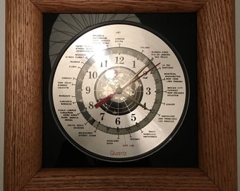 Vintage 90s NIB Oak World Time Clock